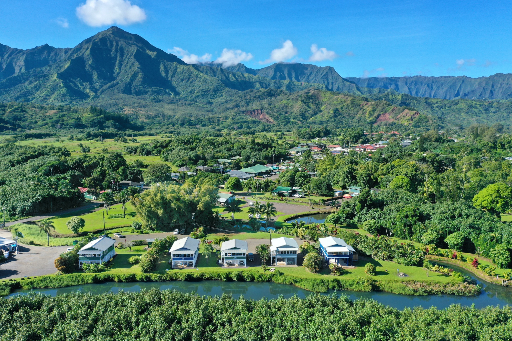 Hanalei Dolpin Cottages